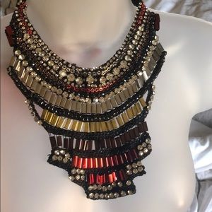 Jewelry - Unique statement necklace
